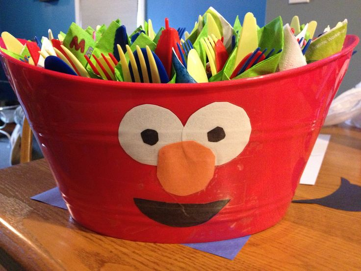 DIY Elmo bowls from the dollar tree for Sesame Street birthday