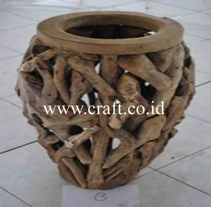 Recycle Wood Craft Craft - Indonesian Fashion Accessories Crafts  http://www.craft.co.id/ http://www.craft.co.id/category?id=RECYCLED-WOOD-CRAFT