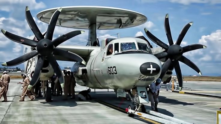 E-2C Hawkeye • Aircraft Carrier Turboprop Plane