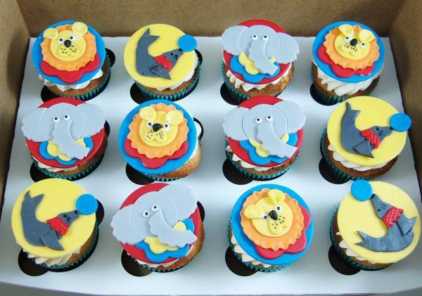 Circus themed cupcakes #circuscupcakes #lioncupcakes #sealcupcakes #elephantcupcakes
