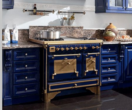 dark-blue-kitchen-cabinets-design-modern-kitchens