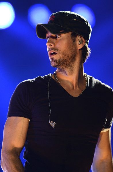 Enrique Iglesias Photos - Atlantico Rum Celebrates The Los Angeles Enrique Iglesias And Jennifer Lopez Concert - Zimbio
