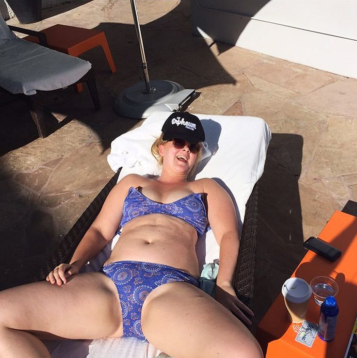 Amy Schumer Hilariously Mocks Beauty Standards in Photo for National Bikini Day