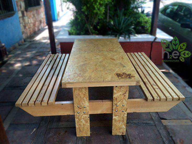 Parklet de madera reciclada. H2E ARQUITECTURA