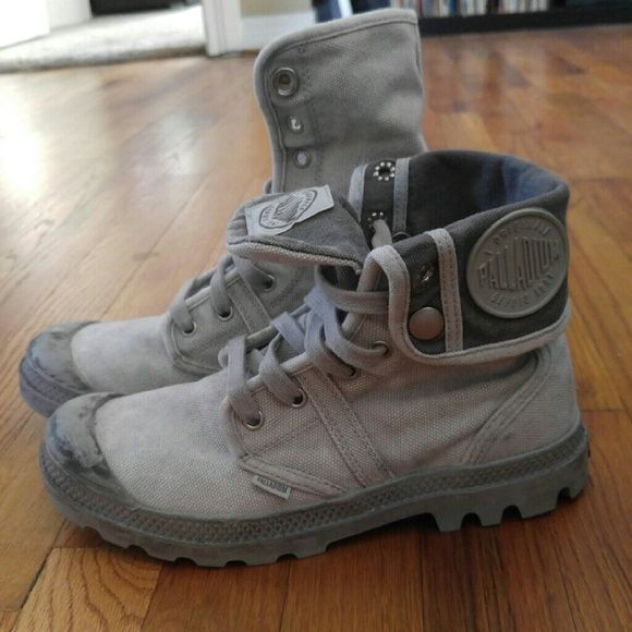 Palladium Pallabrouse Baggy Canvas Boots Gray Palladium boots. Only worn once! Excellent condition. Palladium Shoes Lace Up Boots