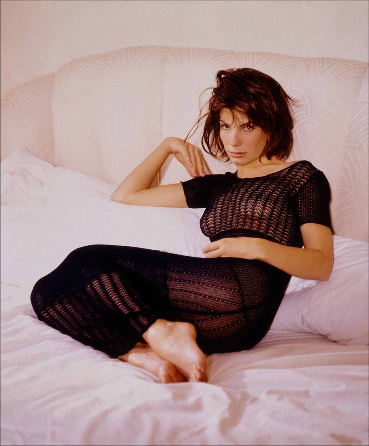 sandra bullock sexy look - photo #23