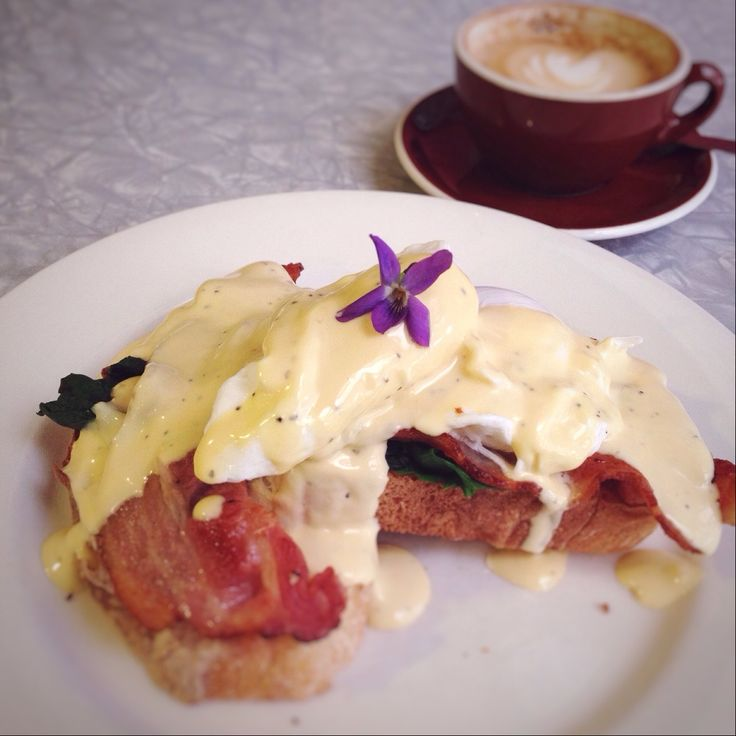 Being a newcomer to Kerikeri, I'm on a quest to find the cafe with the best Eggs Benedict! See what I've discovered so far...