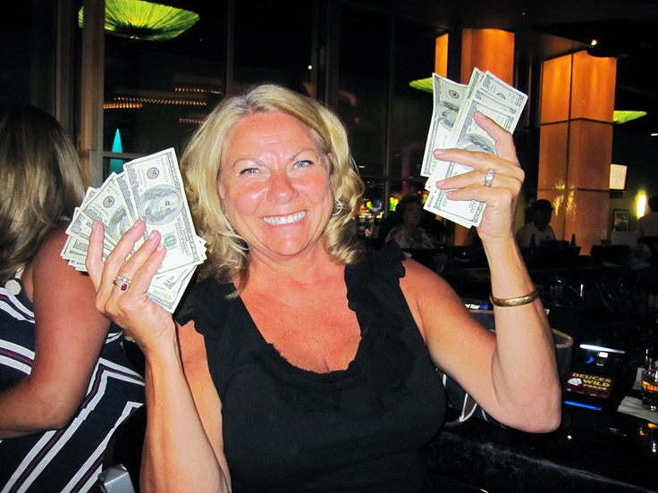 We couldn't keep up with all the wins this weekend! Congrats to Jennifer on $4,000.00 on Video Poker — at Northern Quest Resort & Casino, Spokane, WA