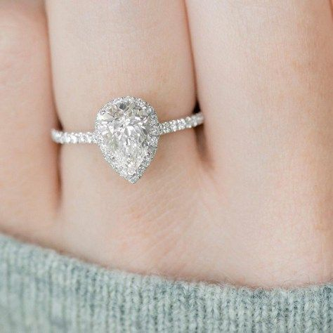 Pear cut engagement ring, Pear Shaped Engagement Rings, Pear Shaped Diamond Engagement Rings,tear drop engagement ring,Sparkling engagement rings