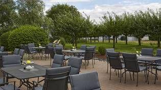 Terrasse des H+ Hotel Frankfurt Airport West