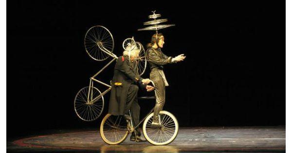Cirque Invisible by - Cirque Invisible by Victoria Thiérrée Chaplin and Jean-Baptiste Thiérrée --- #Theaterkompass #Theater #Theatre #Schauspiel #Tanztheater #Ballett #Oper #Musiktheater #Bühnenbau #Bühnenbild #Scénographie #Bühne #Stage #Set