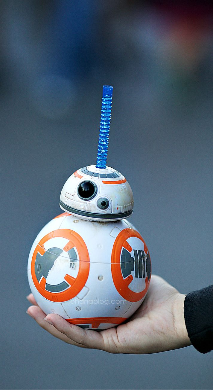 Disneyland // BB-8 Sipper Cup // Season of the Force // Star Wars