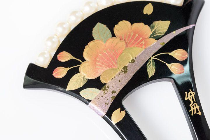 髪飾り 銀杏型かんざし パール飾り | http://store.eizi.jp/item/2001