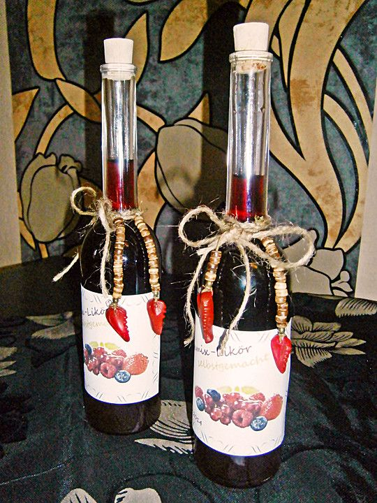 Himbeer - Vanille - Likör, ein tolles Rezept aus der Kategorie Likör. Bewertungen: 62. Durchschnitt: Ø 4,3.