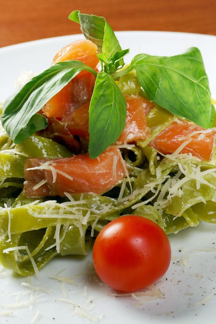 Pesto pasta salmon recipe