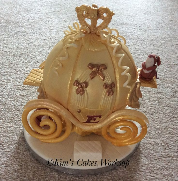 cinderella carriage wedding cake toppers 17 best images about s cakes on tatty 12851