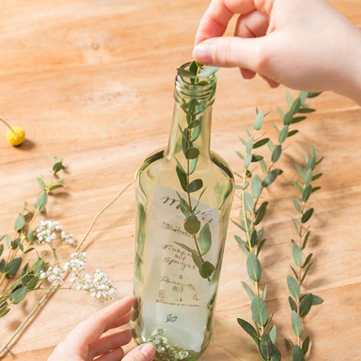 Handlettering Menükarte in einer Weinflasche – Blanchet DIY
