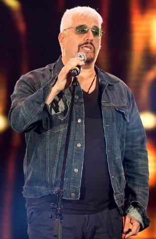 E' morto Pino Daniele. Il cantautore napoletano stroncato da un infarto a 59 anni - See more at: http://www.rainews.it/dl/rainews/articoli/morto-Pino-Daniele-napoli-musica-c26d2152-7900-49ea-8f71-61a74f2d4629.html#sthash.JzUIPcge.dpuf
