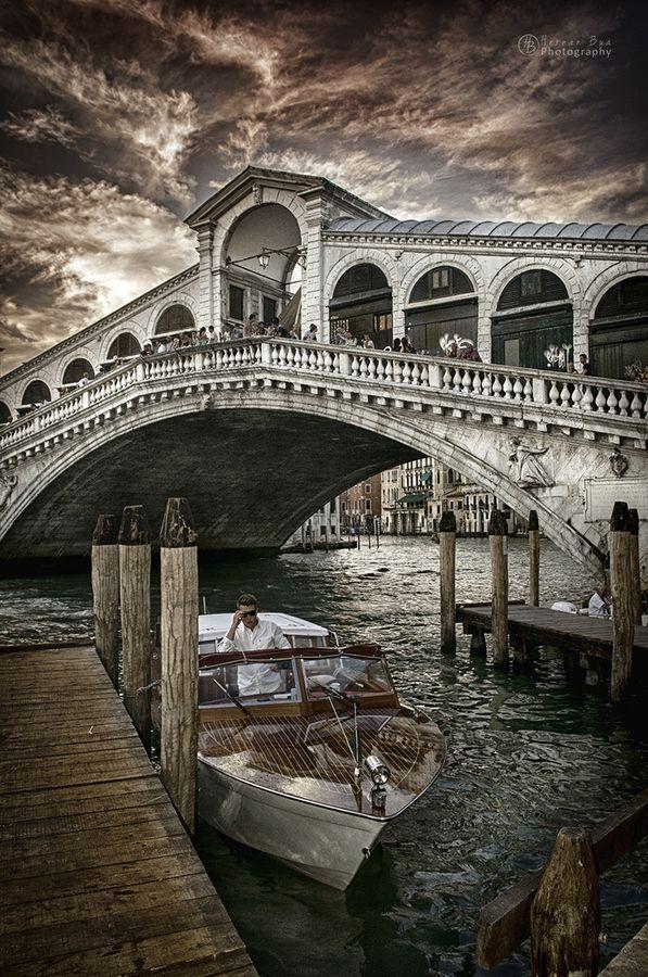 Rialto Bridge, Venice, Italy Venezia Veneto