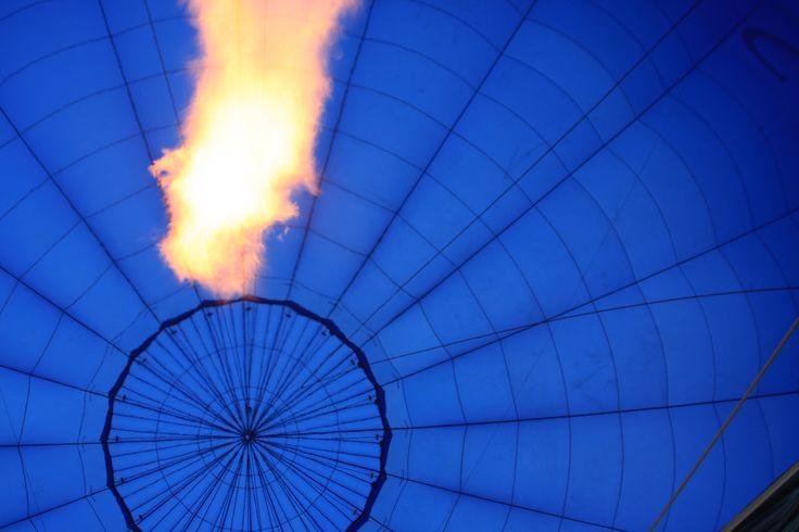 inflation  #globalballooning #melbourne #yarravalley #seeaustralia #visitvictoria #ballooning #balloonflights #ballooning #bucketlist #proposal #victoria #australia #gift #present #romantic #romance #views #wedding #serenity #sunrise #travelling #weather