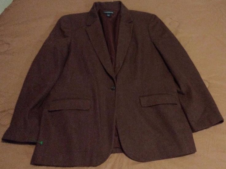 Check out Lands End ladies Wool and Cashmere blazer size 14 #LandsEnd #Blazer http://www.ebay.com/itm/Lands-End-ladies-Wool-and-Cashmere-blazer-size-14-/262913005353?roken=cUgayN&soutkn=yX9OQD via @eBay