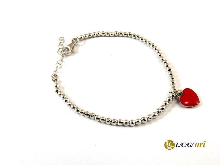 Bracciale con cuoricino tipo tiffany in argento 925 con cuoricino rosso fuoco. Maggiori informazioni su WWW.LCGORI.COM