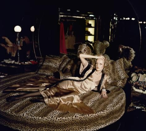 Twiggy in the Mistress room of the department store.  This room sold negligee's, satin gloves and edible underwear!: Round Beds, Mood Boards, 2904 Biba7 G 315091S Jpg, Biba Stores, Twiggy Models, Biba London, Animal Prints, Leopards Beds, Big Biba