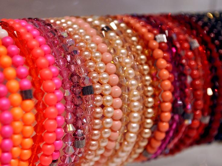 Mooie armbandjes in alle kleuren en materialen   www.widaro.nl