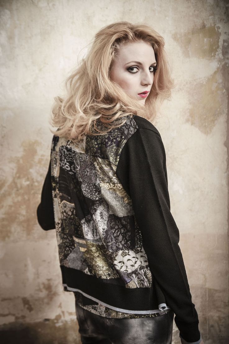 Set off any outfit this season with a Pazuki 'Patchwork Lace' Merino wool cardigan. The print is a patchwork using gold lace and embroidery patterns and it has reverse shell buttons. Gorgeous darling!  #PazukiAW13  Grab yours now --> http://www.pazuki.co.uk/index.php/catalog/knitwear/patchwork-lace-cardigan/ www.pazuki.co.uk