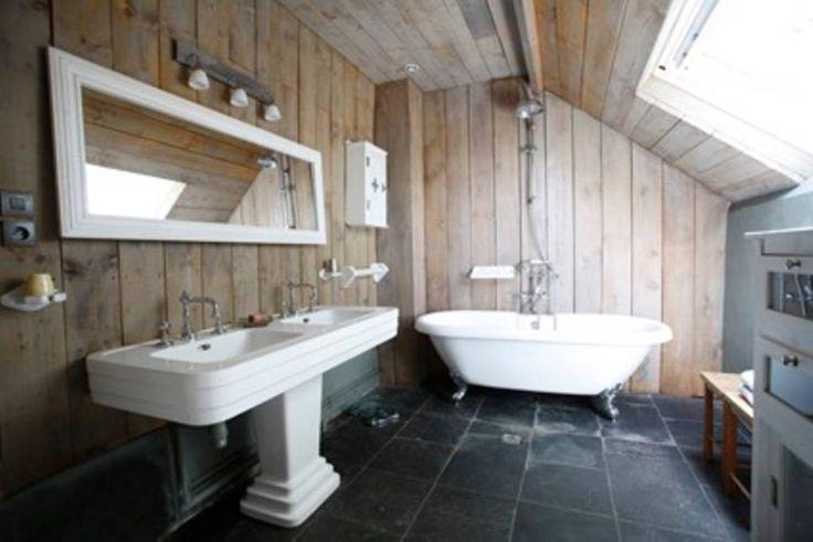 Regardez ce logement incroyable sur Airbnb : FERMETTE CHARME NORD PAS DE CALAIS  - Maisons à louer à Lottinghen