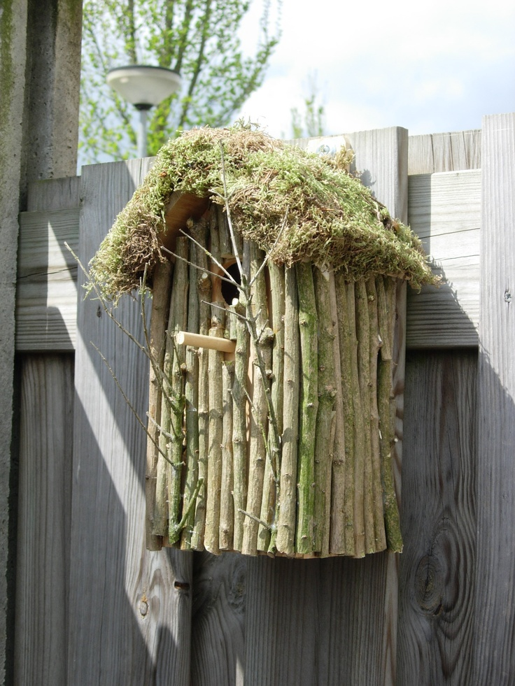 how to make a birdhouse out of twigs