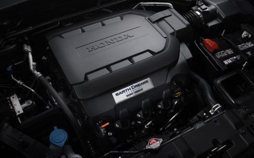 2015 Honda Accord EX-L V6 manages to break the American market this year. After the successful journey on the Asian market, Honda Accord now joins with