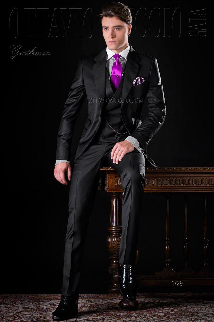 Black notch lapel Italian luxury formal suit #formalwear #menswear #dapper #elegance #madenitaly #tuxedo