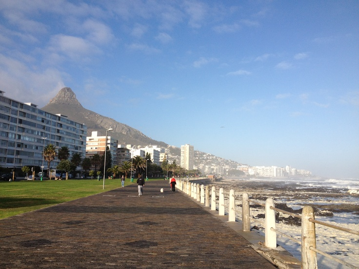 Go for an afternoon walk on the magnificent seapoint promenade...