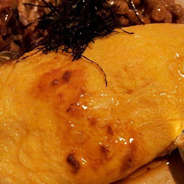 休日の晩酌をはじめまーす☆ - 18件のもぐもぐ - 和風オムレツ(鯖味噌煮と納豆を添えて)☆ by kitaurawaaw81
