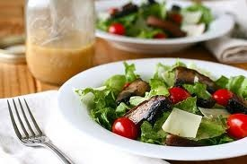 side dish: Portabello Salad, Side Dishes, Annie Eating, Mixed Green Salads, Side Salad, Vinaigrette Recipe, Roasted Portabello, Dijon Vinaigrette, Fresh Food