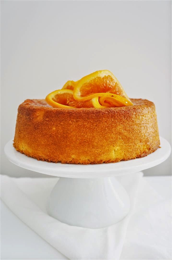 Flourless Orange and Almond Cake less sugar. Subs maple sugar.