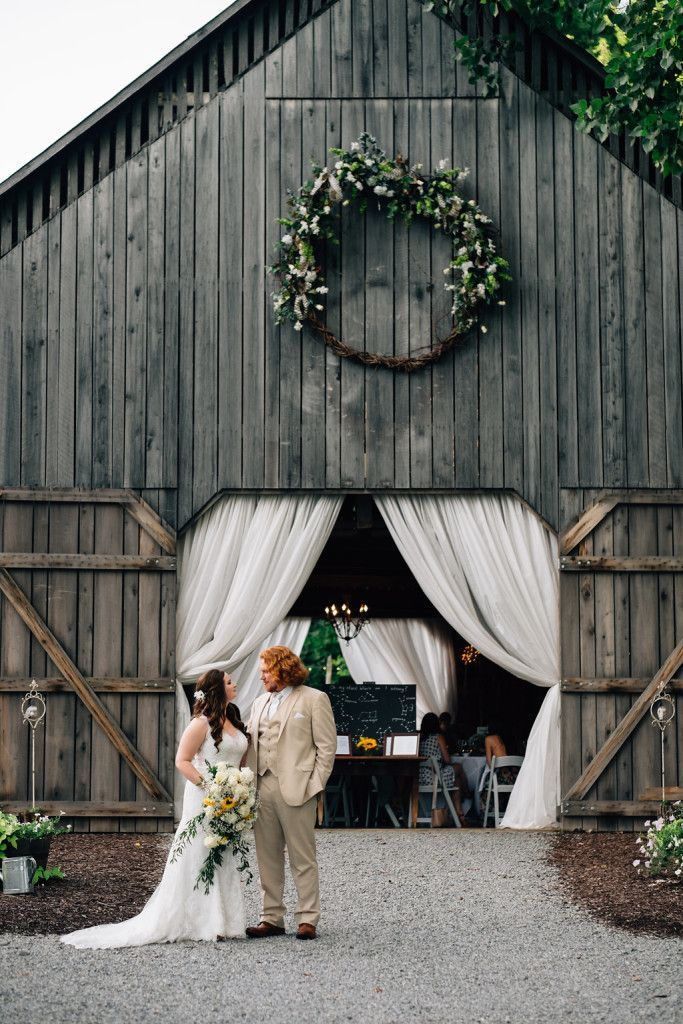 awesome 99 Best Barn Wedding Venue Ideas http://www.99architecture.com/2017/02/07/99-best-barn-wedding-venue-ideas/