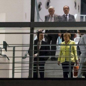 Μίνι Σύνοδος Κορυφής πραγματοποιήθηκε στο Βερολίνο στις 2 Ιουνίου 2015 με θέμα την Ελλάδα. Συμμετείχαν η γενική διευθύντρια του Διεθνούς Νομισματικού Ταμείου Κριστίν Λαγκάρντ, ο πρόεδρος της Ευρωπαϊκής Κεντρικής Τράπεζας Μάριο Ντράγκι και ο  πρόεδρος της Ευρωπαϊκής Επιτροπής Ζαν-Κλοντ Γιούνκερ, παρουσία της καγκελαρίου της Γερμανίας Άγγελα Μέρκελ και του Γάλλου προέδρου Φρανσουά Ολάντ.