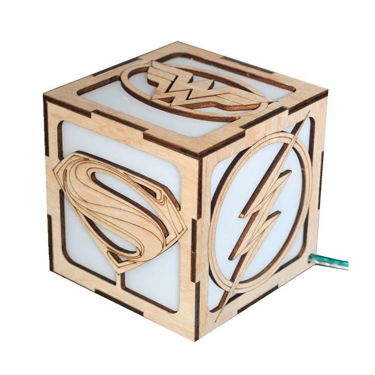 superheroes box lamp
