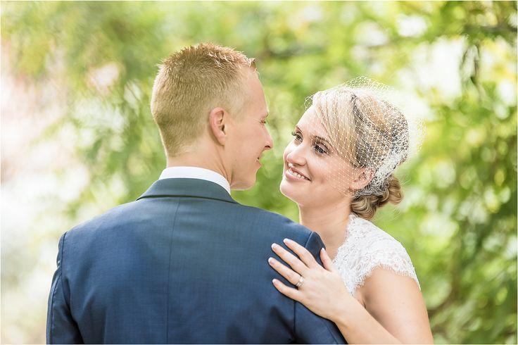 Happy couple! Adelaide wedding photography, Adelaide Botanic gardens, outdoor wedding. www.gpix.com.au