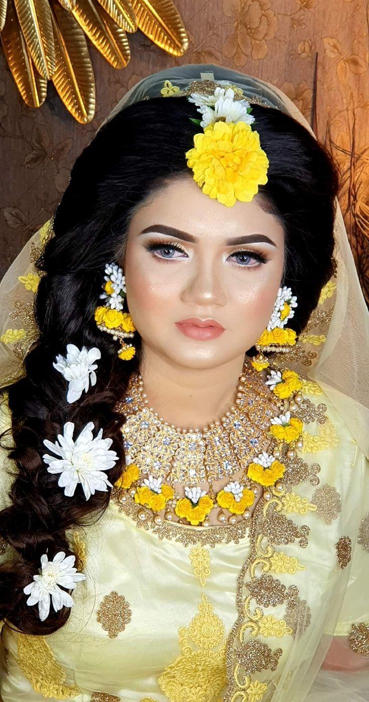 Pin by Peya on Holud Program Ideas Flower jewellery for