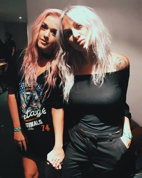 lottie tomlinson, lou teasdale, and one direction image