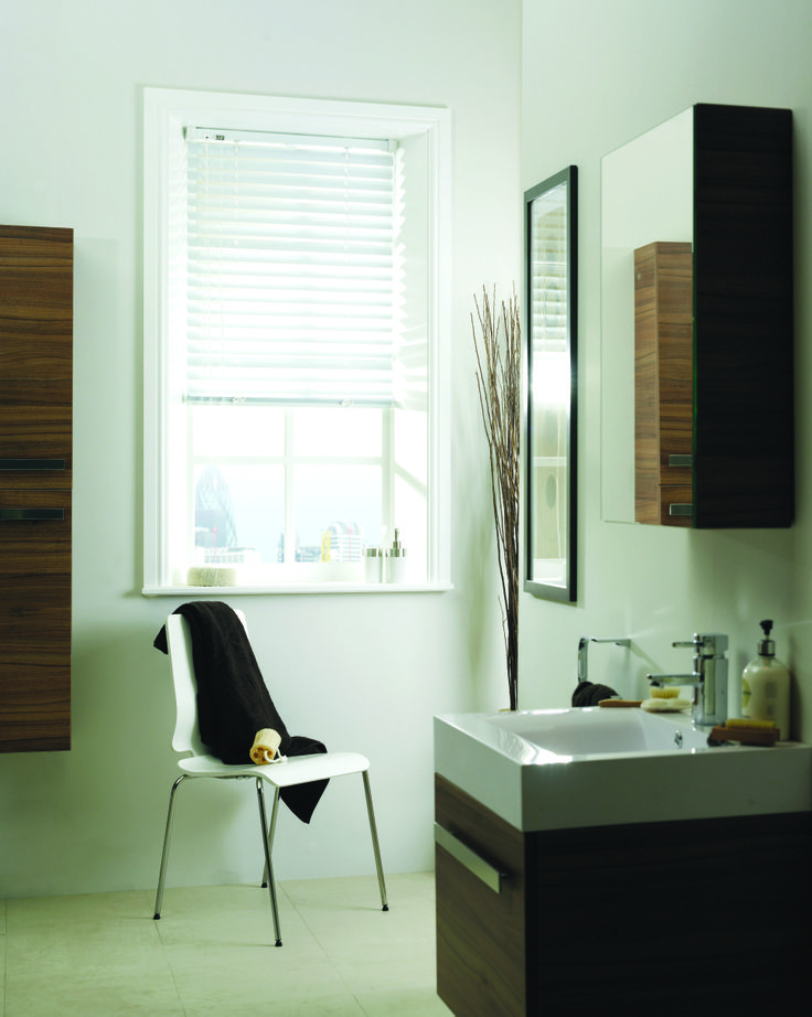 Crisp, white bathroom blind