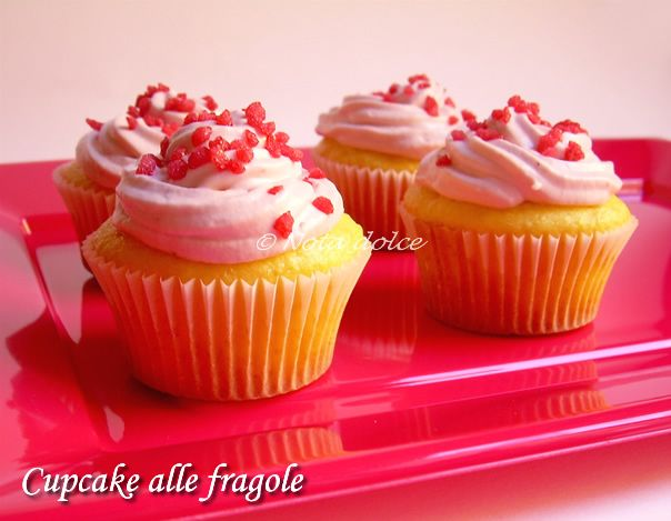 Cupcake alle fragole, ricetta dolce