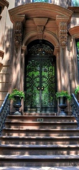 THE MILLIONAIRESS BROWNSTONE l Ria