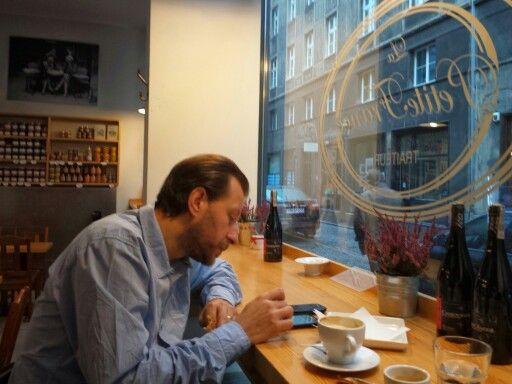 W kawiarni francuskiej