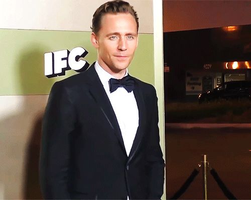 Tom Hiddleston at the AMC Networks Emmy After Party at BOA Steakhouse in West Hollywood (https://www.youtube.com/watch?v=R2jB5fK2s3w ) Gif-set: http://maryxglz.tumblr.com/post/162312277787/x