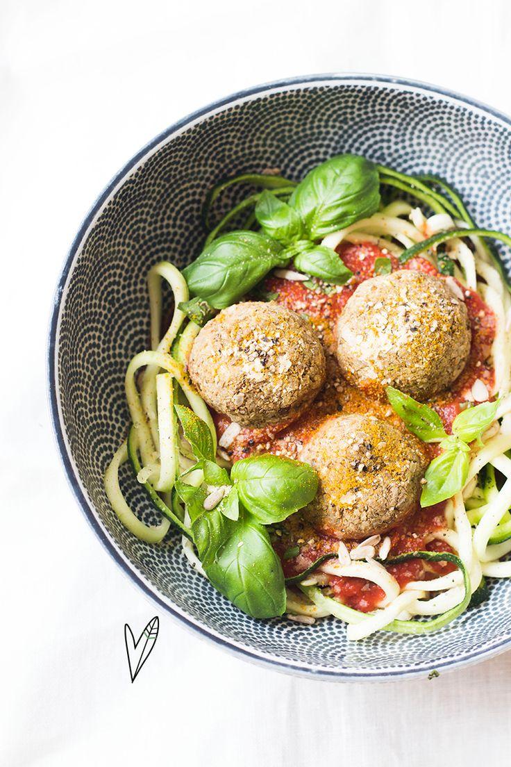 Recept: Courgettepasta met vegan meatballs