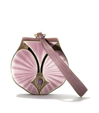 Leather evening bag with enamelled adornment, France, ca. 1915 http://tassenmuseum.nl/en/collection-exhibitions/collection/